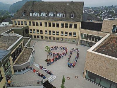 Die St. Walburga-Realschule wird 90